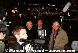 L'arrivée de Jean Giraud, Jean Van Hamme et William Vance sous les objectifs des caméras télé