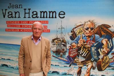 Jean Van Hamme à l'entrée de l'expo qui lui est consacrée au Centre Belge de la Bande Dessine à Bruxelles © Daniel Fouss
